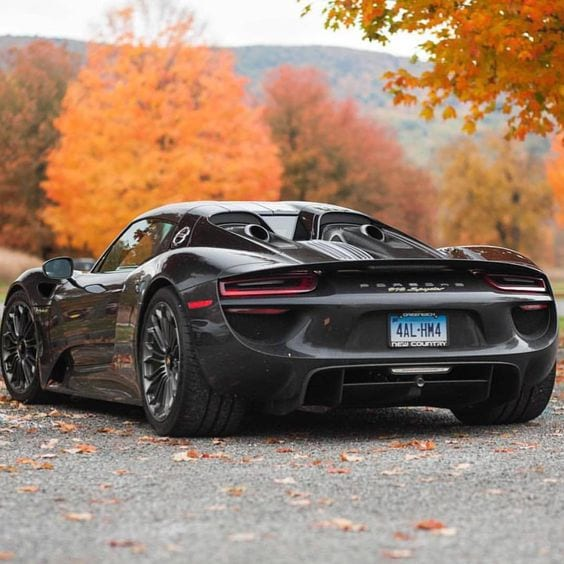 Porsche 918 spyder BLACK WALLPAPER