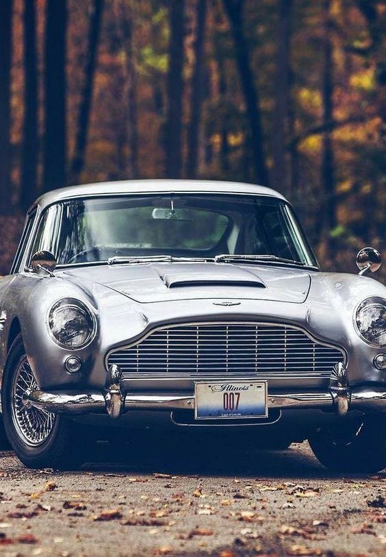 aston martin classic car wallpaper