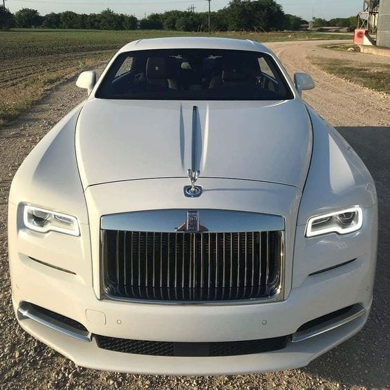 ROLLS ROYCE WHITE LUXURY