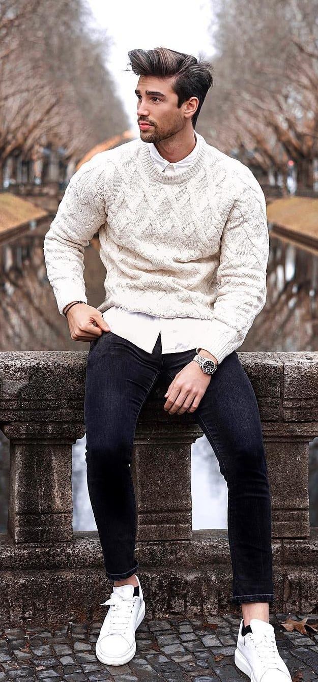 Mens Fall Outfit- White Sweatshirt and Denims