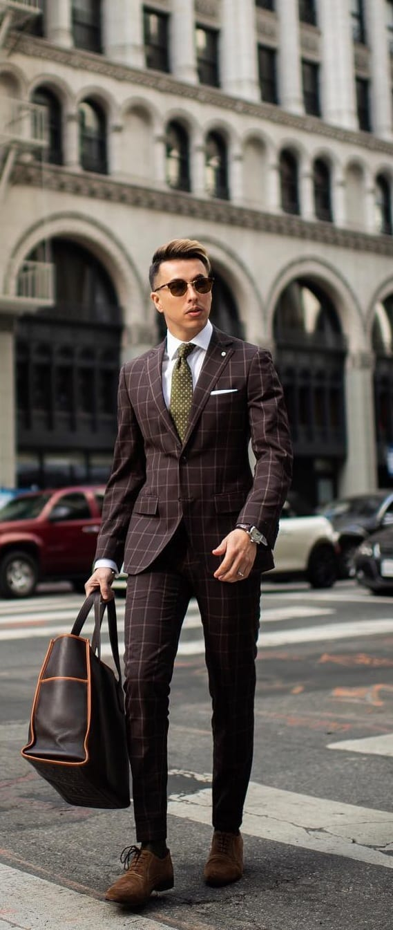 Stylish-Suit-Outfit-Ideas-For-Men