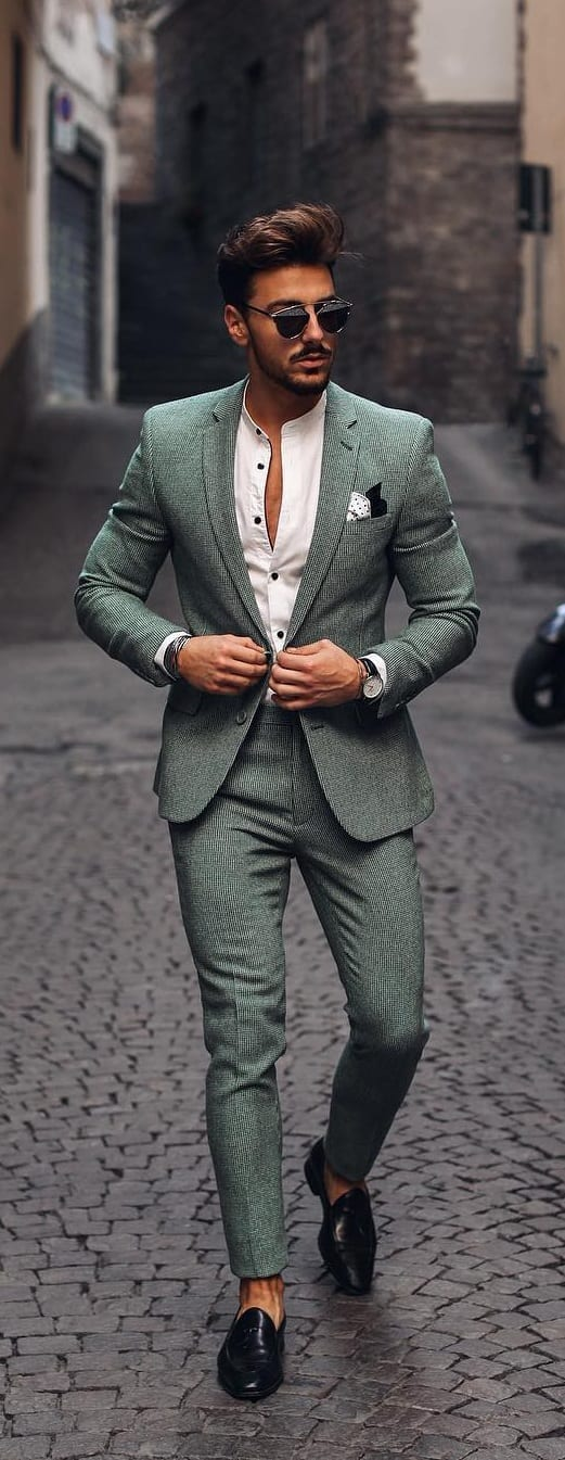Trendy-Suit-Outfit-Ideas-For-Men