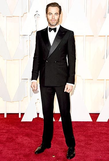 Pine-looked-super-hot-in-this-amazing-Black-Double-Breasted-Suit-isnt-it-1