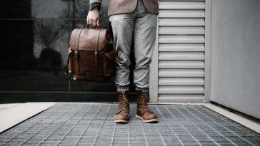 durable-best-traveling-shoes-leather