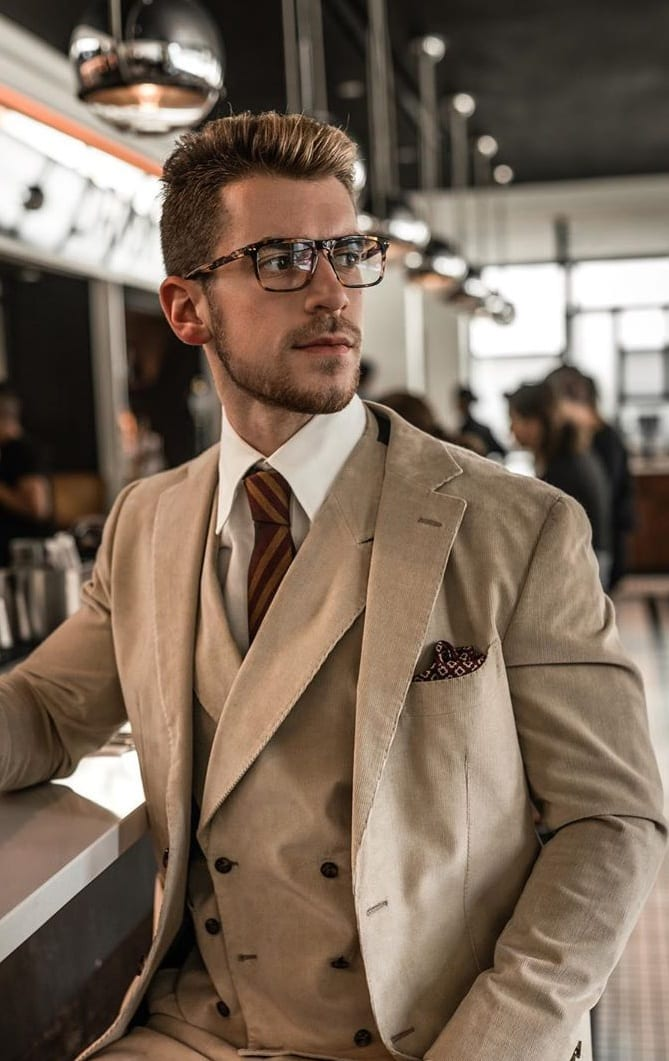 Eyeglasses for Men to Wear