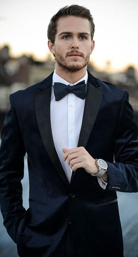 Tuxedo vs Suit Outfit