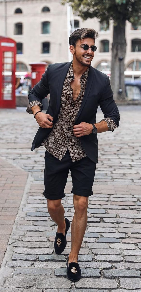 Blazer and Shorts Outfit for Summer