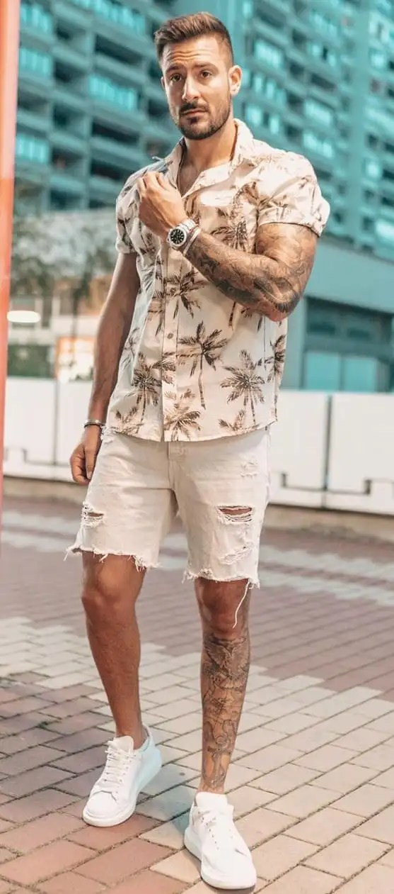 Cool Floral Shirt and Shorts Outfit For Men