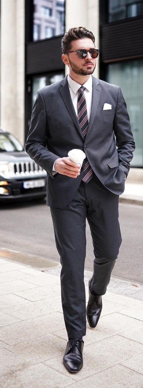 Suits for Men To Wear in Summer