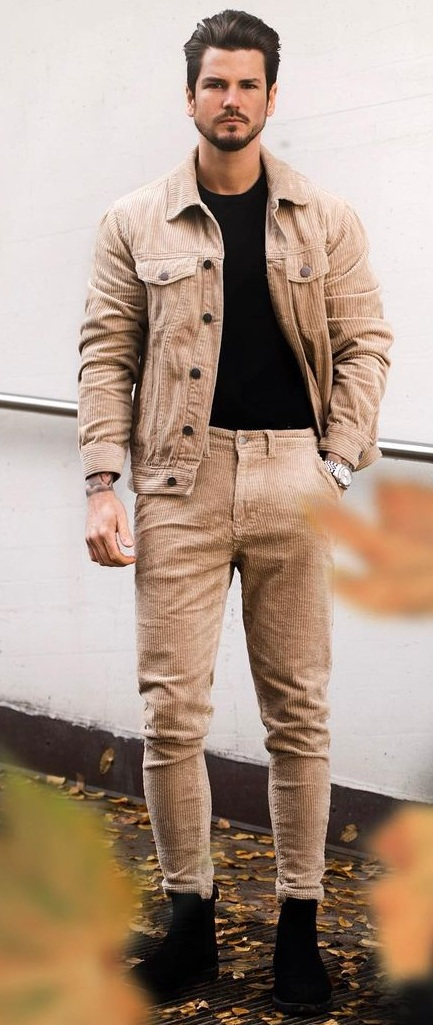 Cool Khaki Jacket and Trouser Outfit for Men