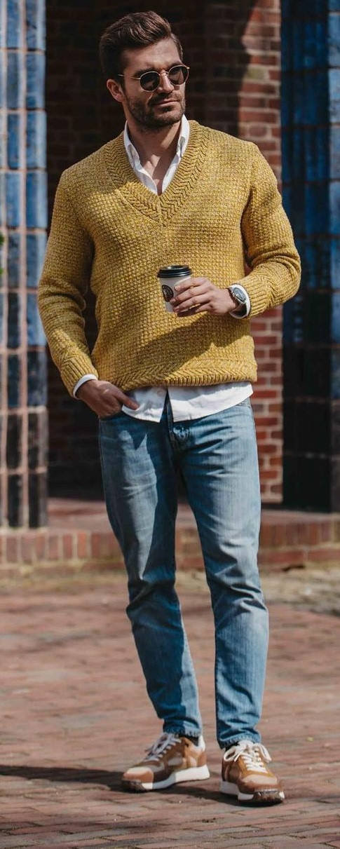 Dress down sweater outfit idea for men