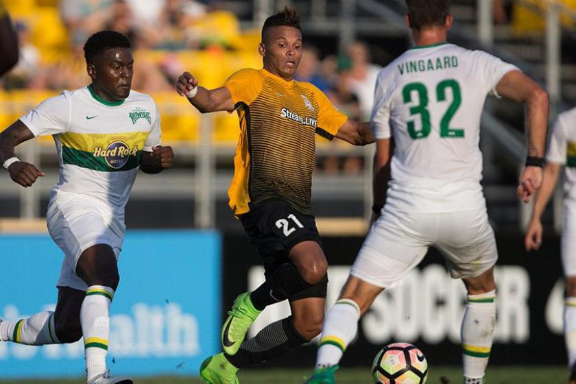 Rowdies Drop Second Straight, Fall 10 Points Back of Charleston