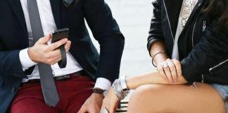 QBracelet fashiontech gadget that charges your phone