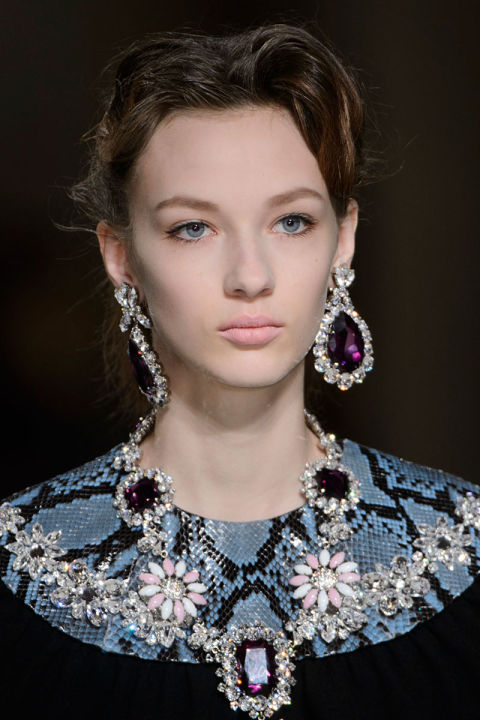 hbz-fw2015-jewelery-trends-its-baroque-miu-miu-clp-rf15-3824