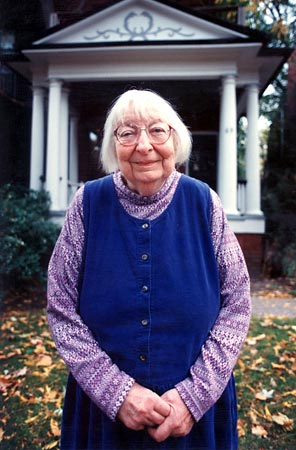 Jane Jacobs made Toronto her home from 1968 to her death in 2006. ()