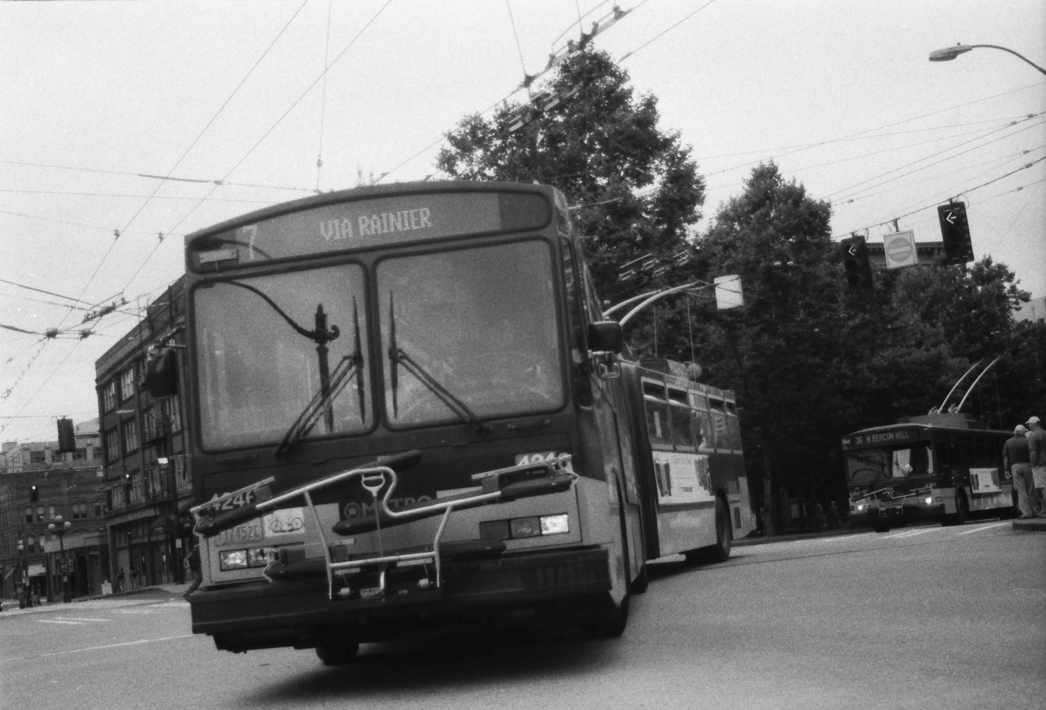 The trolley bus braked sharply, I could not resist and fell. As a result, the arm is broken. Where do i go for punishment 57