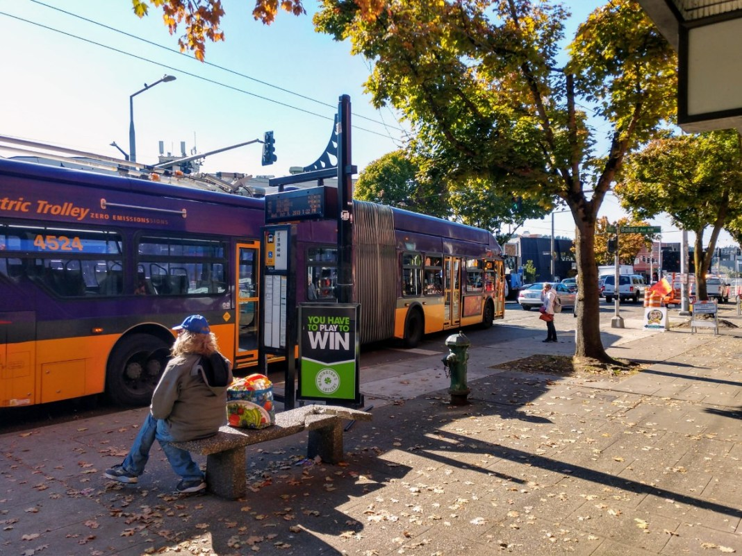 Route 40 briefly uses Market Street to connect to 24th Avenue NW, sharing a stop with Route 44. (Photo by author)