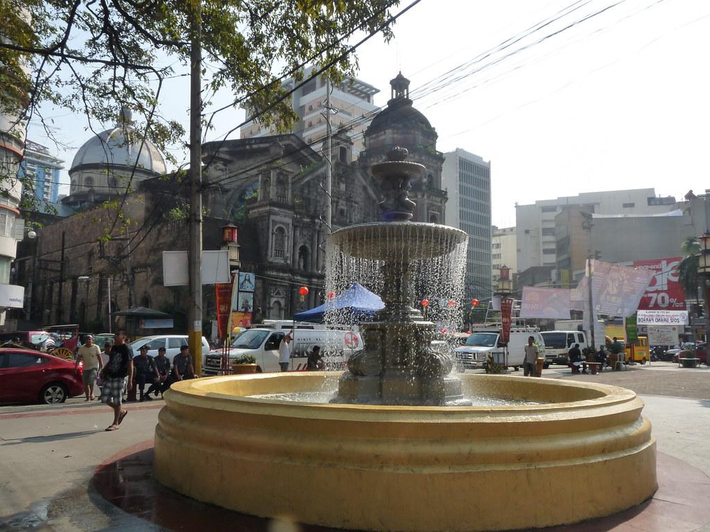 Plaza San Lorenzo Ruiz