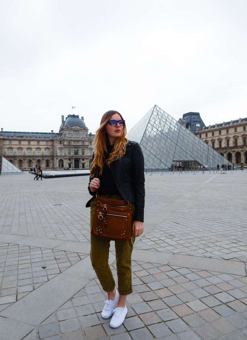 How to Look Stylish While Traveling