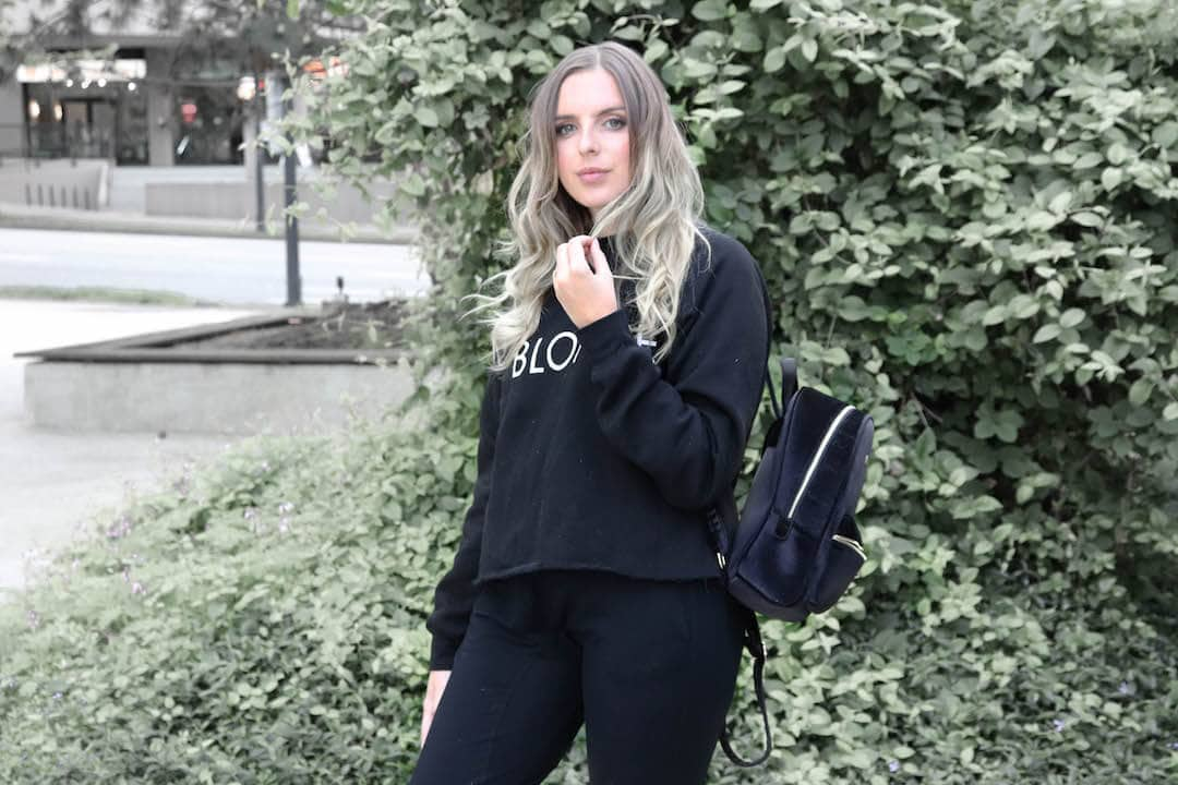 Easy Airport Style: Taking Comfort and Making it Chic