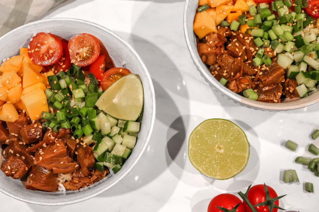 healthy-delicious-homemade-tuna-poke-bowl