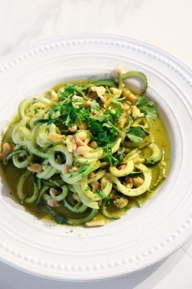 easy-zucchini-pesto-pasta-recipe
