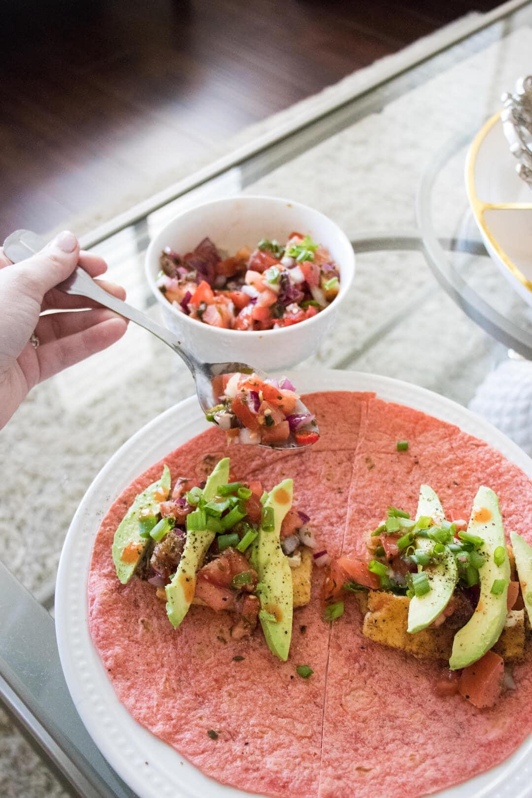 vegetarian-egg-breakfast-burritos
