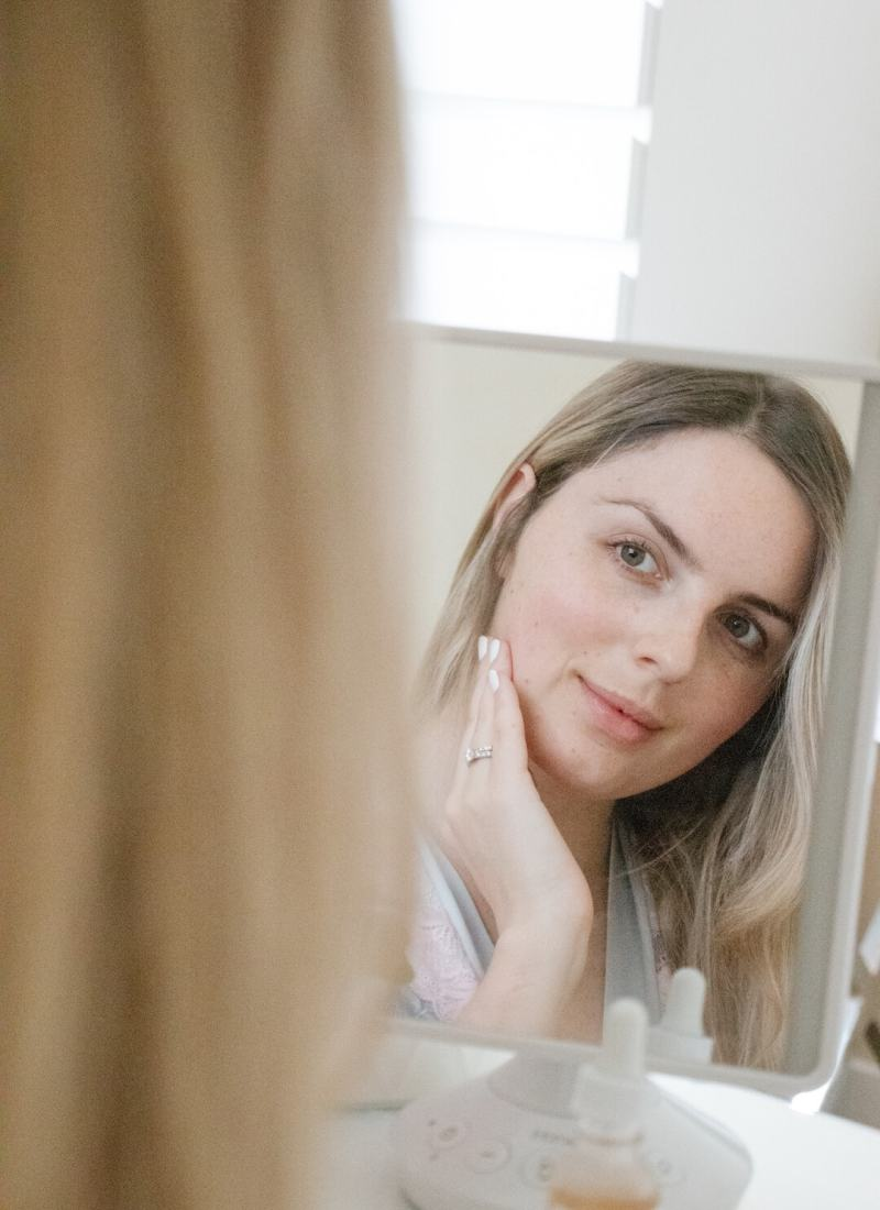 Why You Should Exfoliate | Manual vs. Chemical Exfoliation Guide