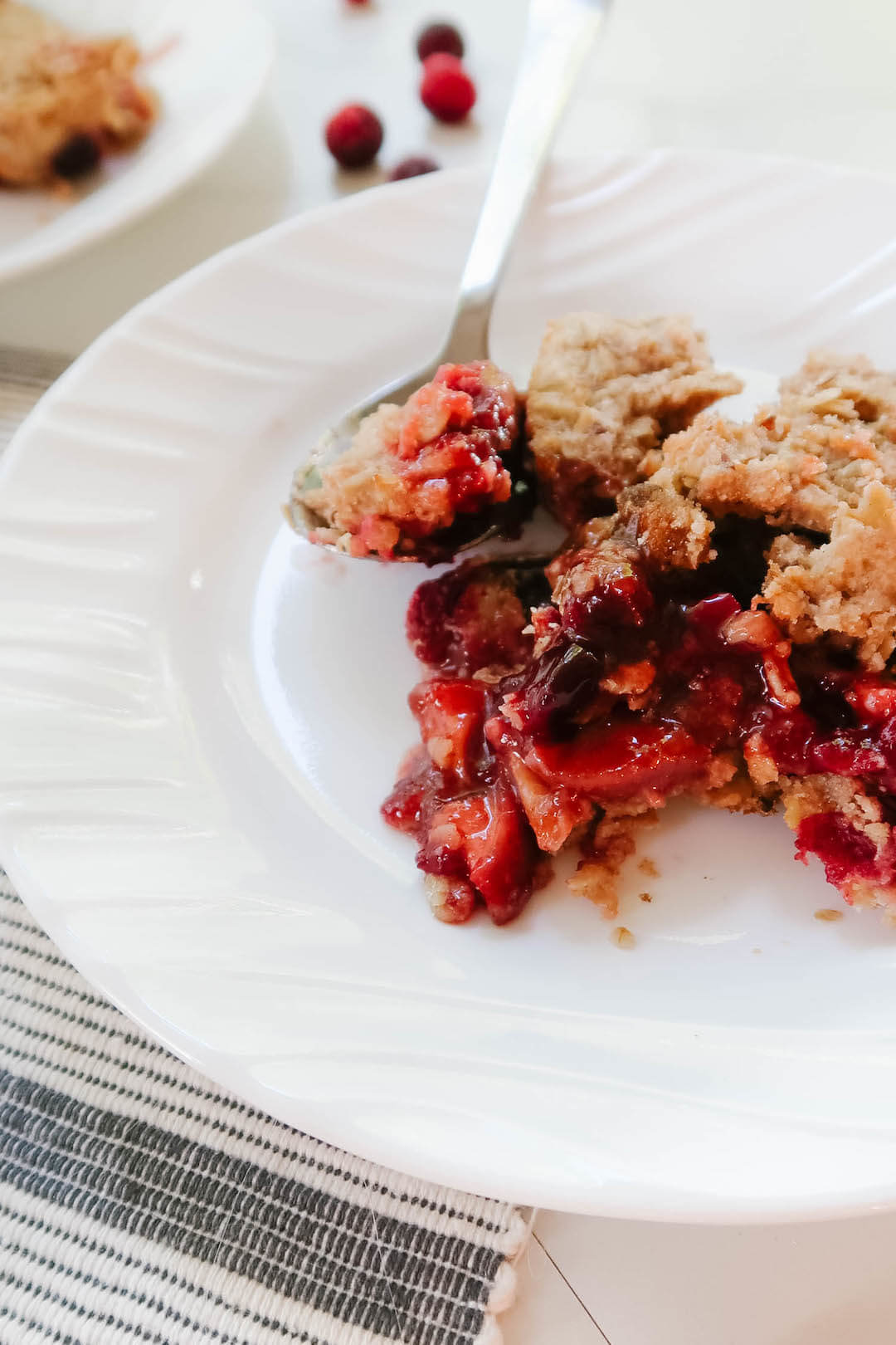 Easy Fall Dessert: Cranberry Crumble