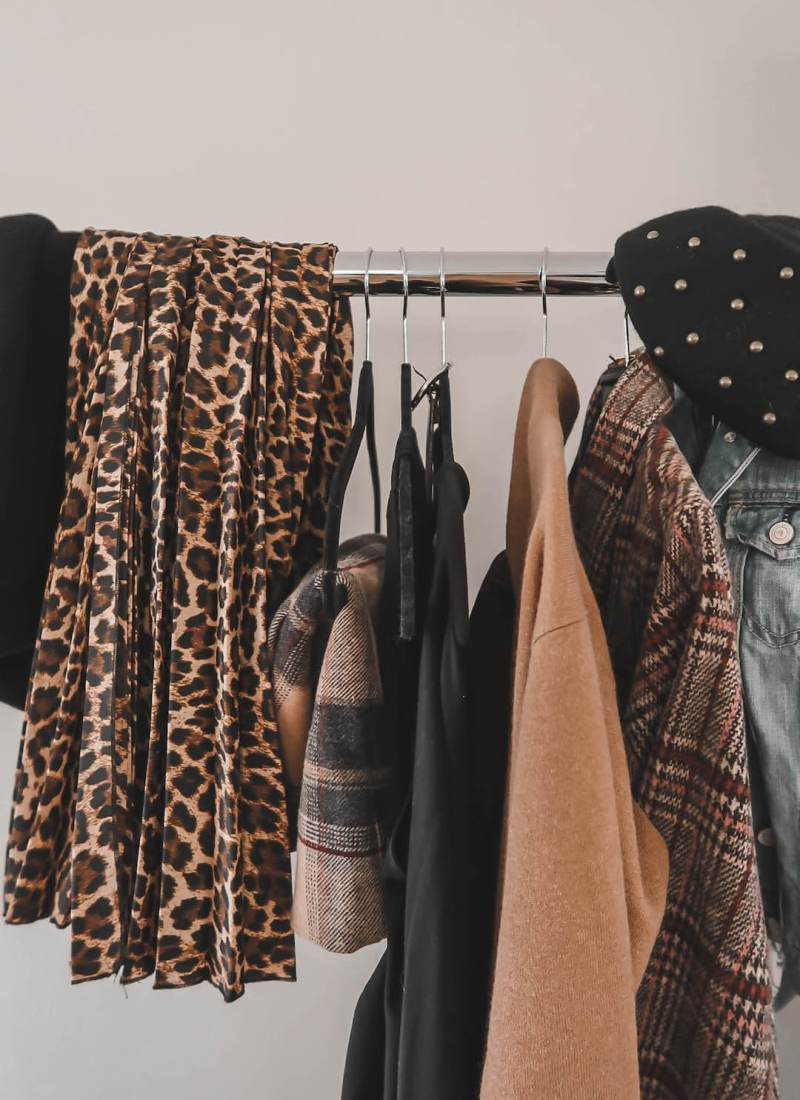 15 Must-Have Items for a Comfortable and Chic Wardrobe