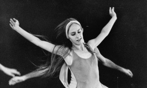 "Lynne Wimmer in 'For Betty,"" choreographed by Bill Evans. Wimmer's own work 'Styrofoam Olympics' will be performed at the RDT 'Reunion' concert."