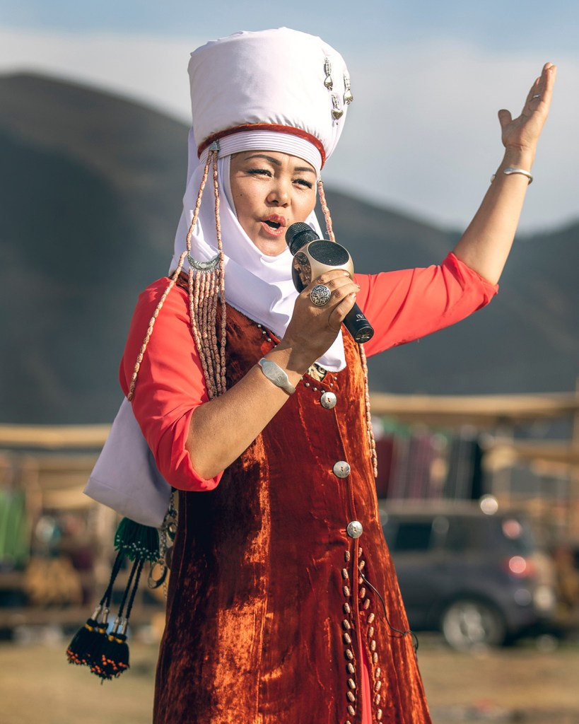 Kyrgyz woman singing during World Nomad Games 2018 (Shutterstock)