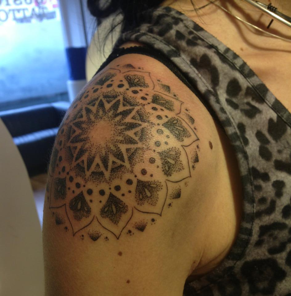 Jessi James Tattoo Artist