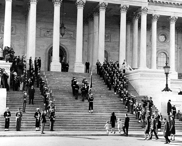 JFK_casket_up_Capitol_steps,_1963