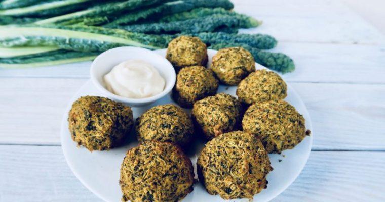 Polpette proteiche al cavolo nero – 2 ingredienti