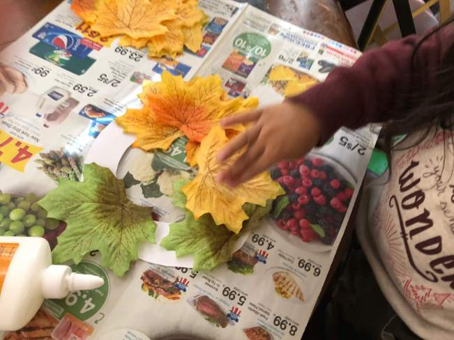 Easy Fall Wreath Craft for Toddlers | The Vegas Mom