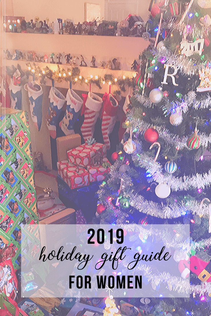 2019 Holiday Gift Guide for Women | www.thevegasmom.com