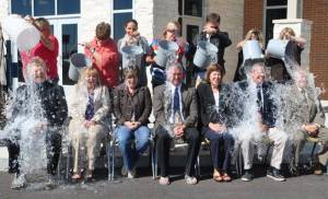 Ice Bucket Challenge - newspaper2 WEB