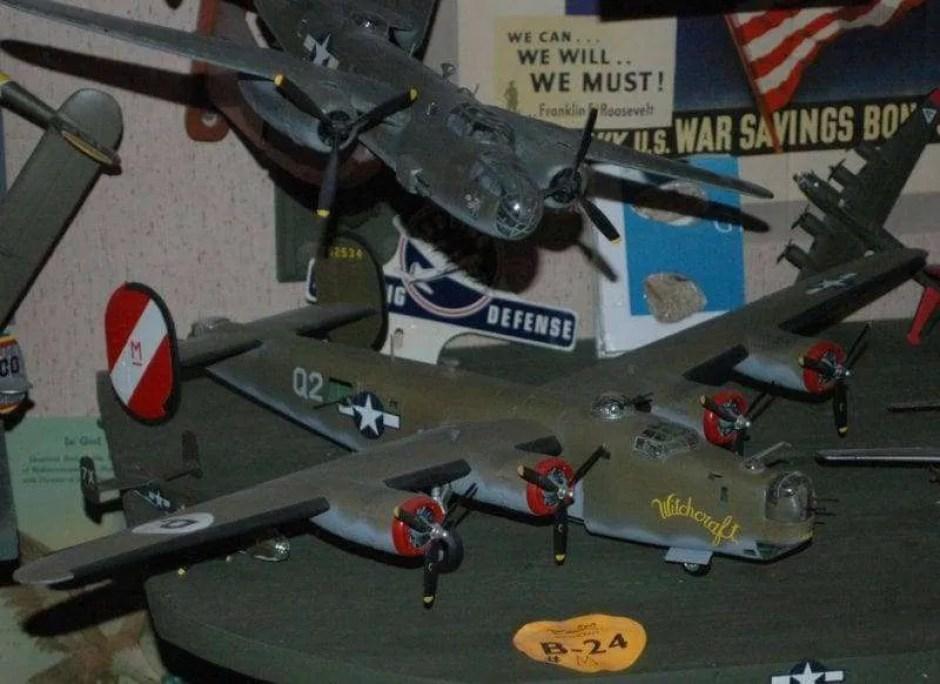 B-24 WEB