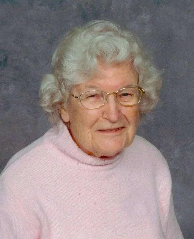 Shirley J. Kahle (1920 - 2016)
