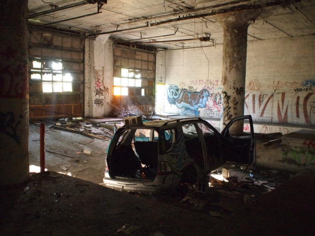 By 2006, most tenants had vacated and the property sat abandoned.