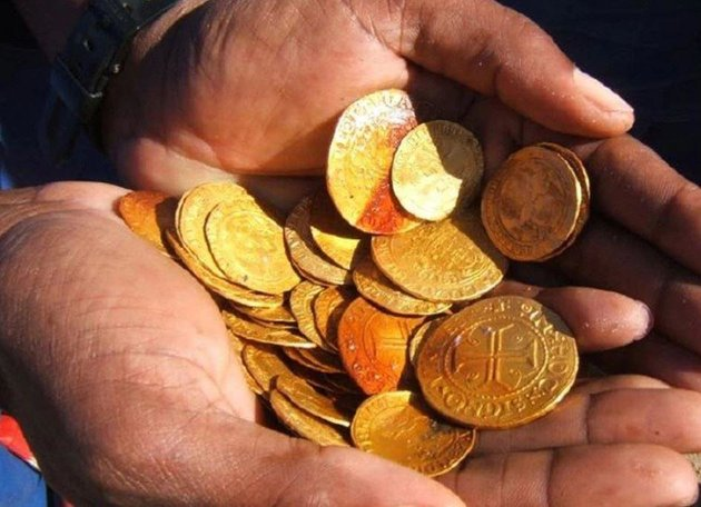 Some of the gold coins found amidst the wreckage of the ship - most of which are in mint condition. Dieter Noli