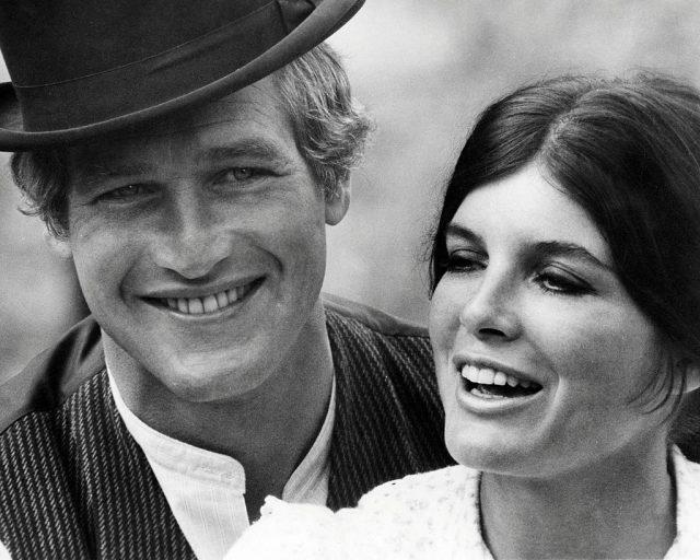 پال نیو مین اور کیتھرین راس جارج رائے ہل ، 1969 کی ہدایت کاری میں 'بٹ کیسڈی اینڈ دی سنڈینس کڈ' کے پروموشنل اسٹیل میں۔