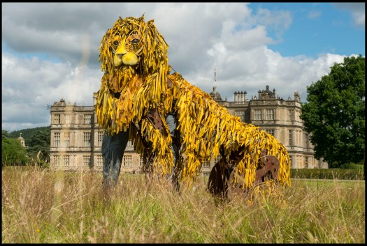 Lion puppet sitting in front of Longleat House (1800x1210) (1)