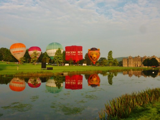 hot-air-balloons-reflected-in-the-lake-beside-longleat-house-as-part-of-their-new-sky-safari-event-sept-16th-18th-2200x1655