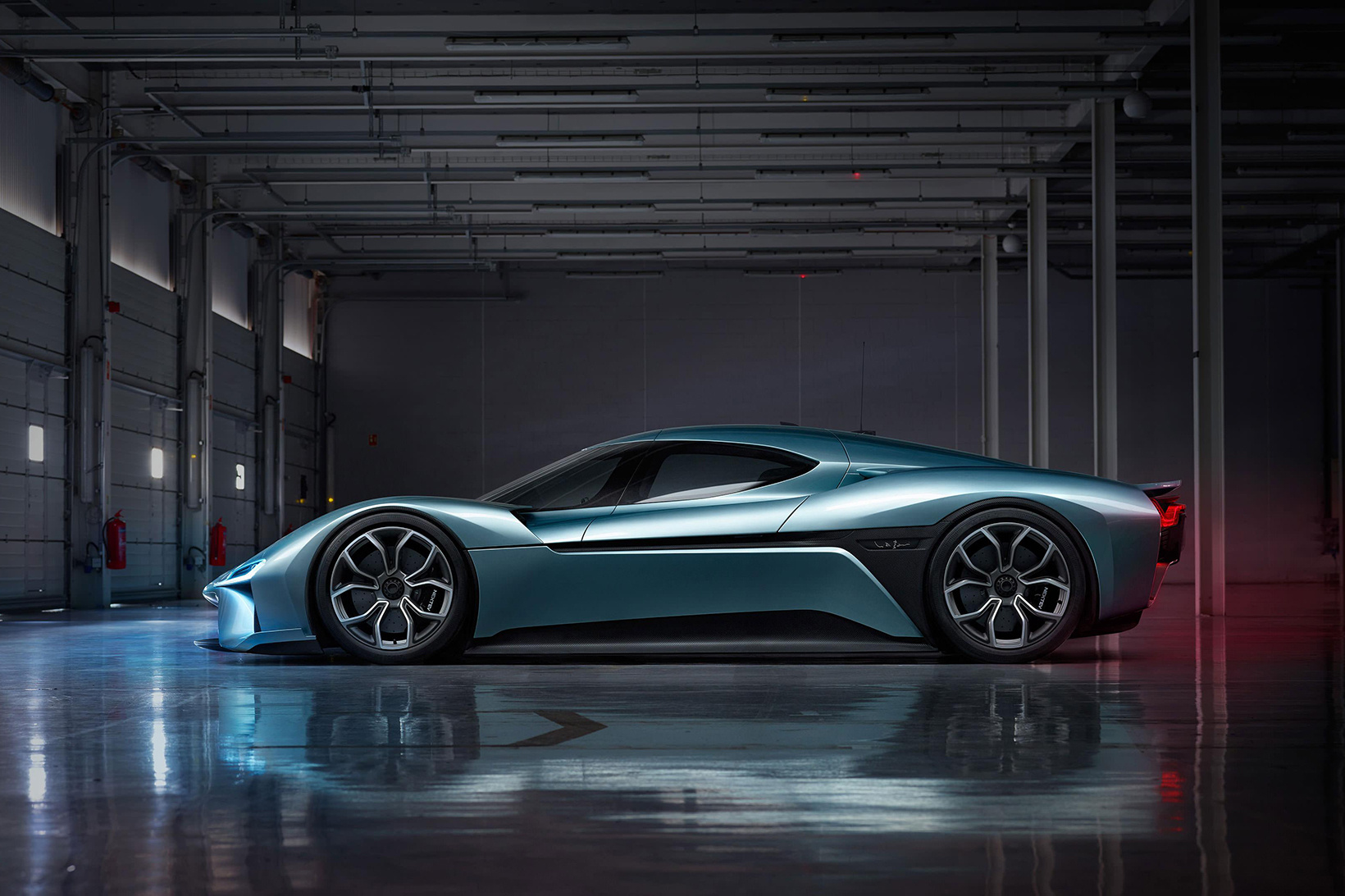 nio-ep9-fastest-electric-car-2