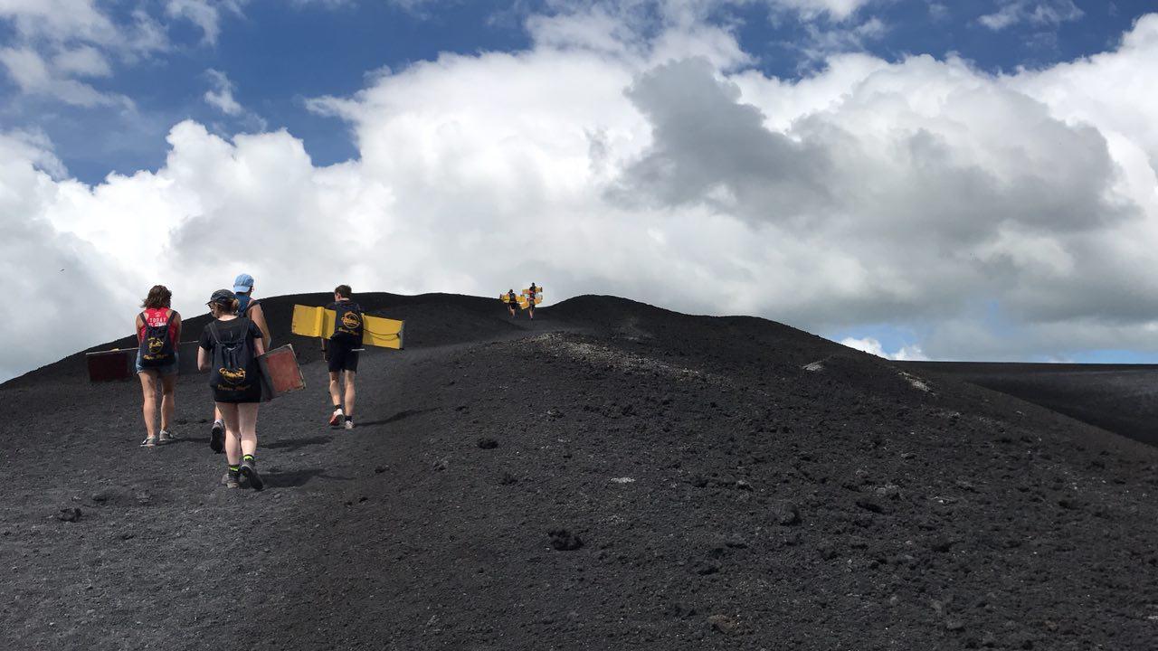 volcano-boarding-di-nicaragua-13