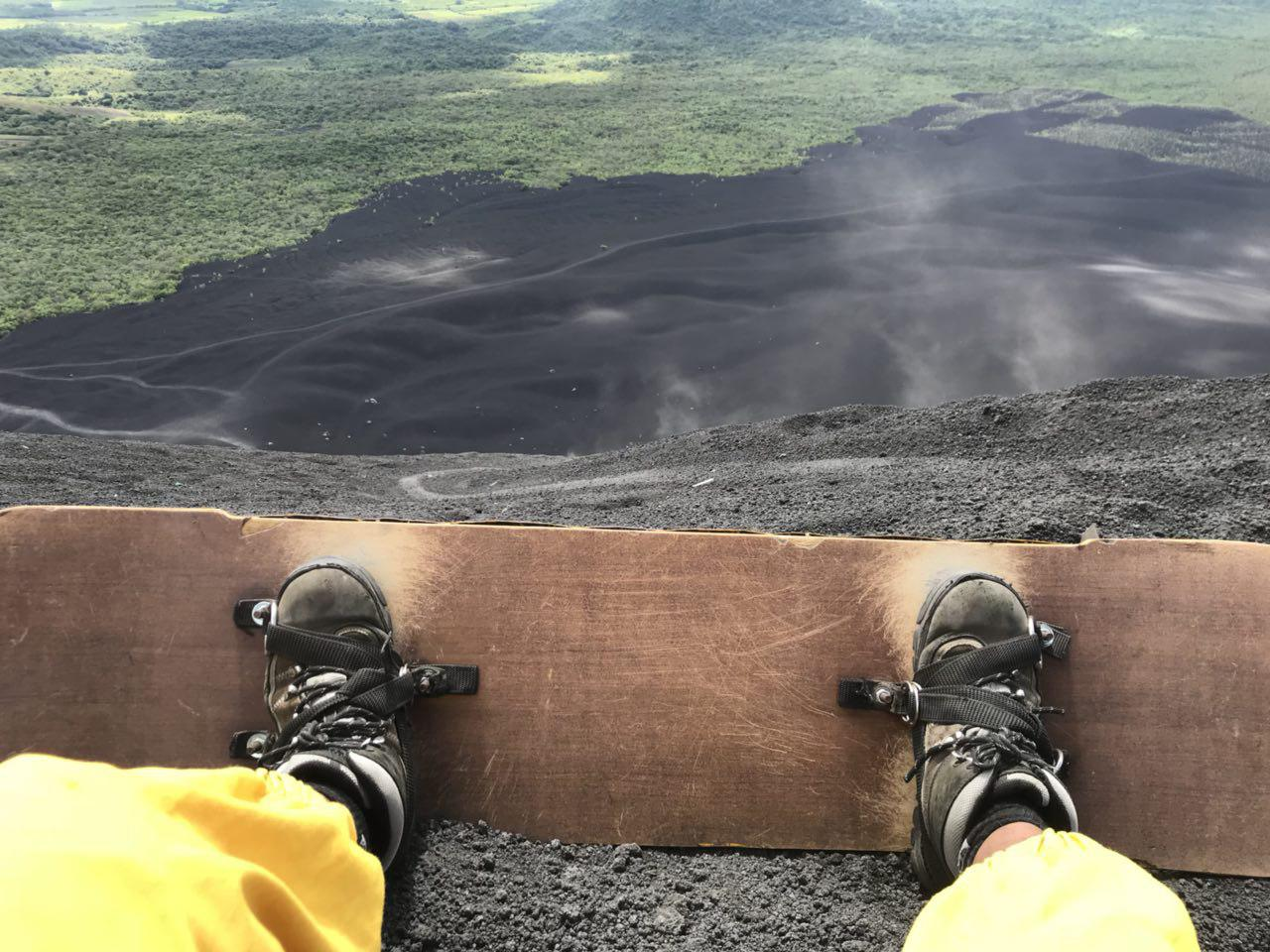 volcano-boarding-di-nicaragua-20