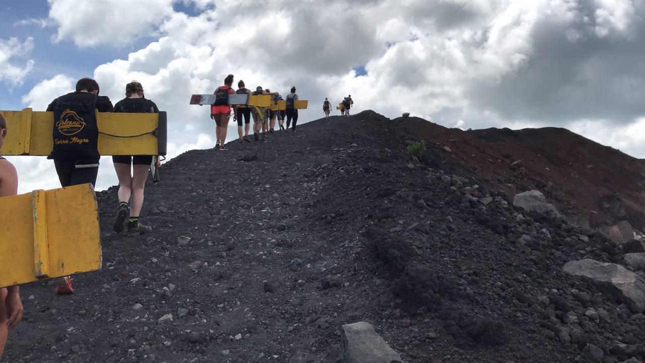 volcano-boarding-di-nicaragua-5