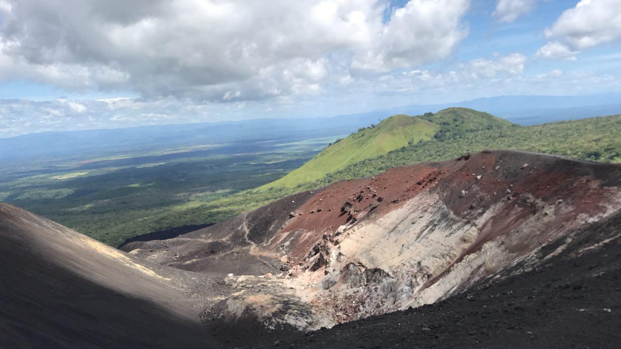 volcano-boarding-di-nicaragua-8
